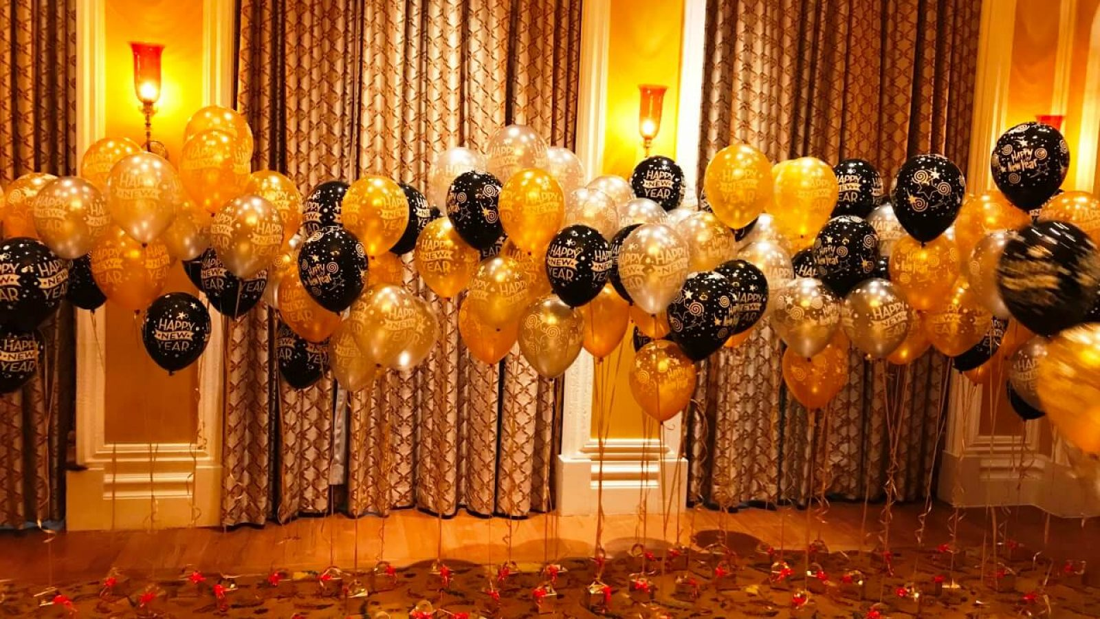 decorative-balloons-banner